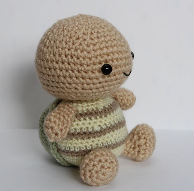 Little Muggles | Timmy the Amigurumi Turtle
