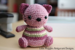 Violet Kitty Free Pattern!