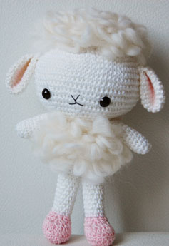 Some Amigurumi creations are just too cute for words! Pepika's lamb makes me melt!