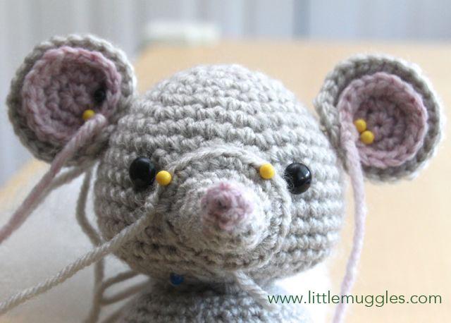 Amigurumi Mouse Pattern Crochet : Little muggles baby mouse pattern