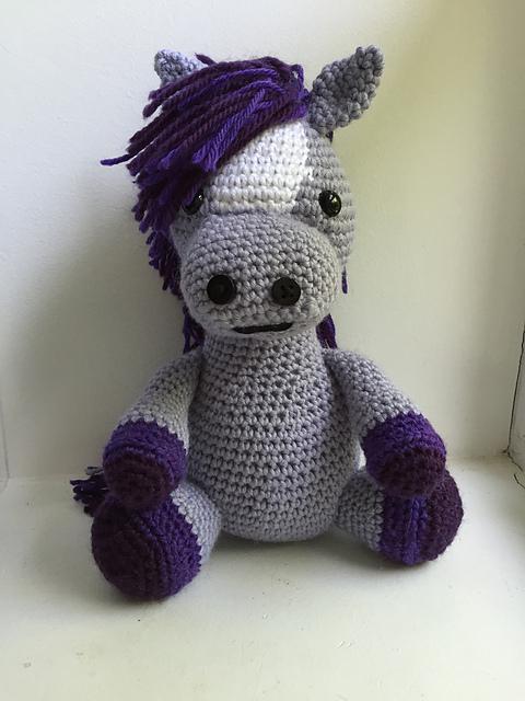 11 Crochet Horse Patterns – Amigurumi Pony Toys - A More Crafty Life   640x480