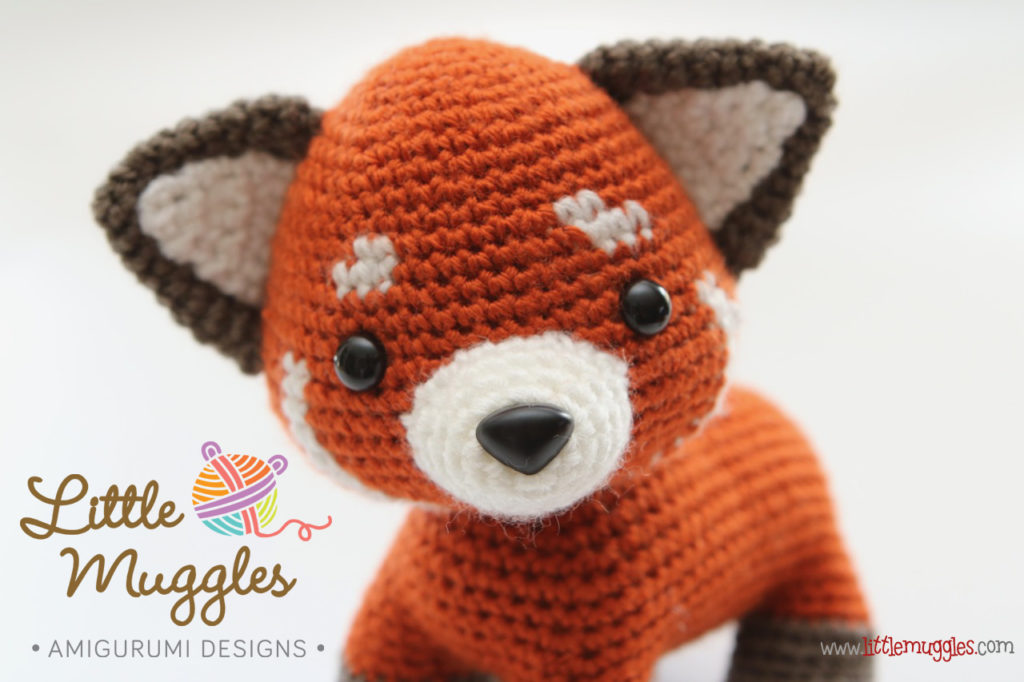 Free Pattern: Chen the Panda Bear with Furls Crochet – Storyland Amis | 682x1024